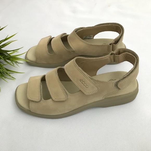 0fcf53d7a8a9 Ecco Shoes - ECCO Soft Shock Point Sandals Adjustable Straps